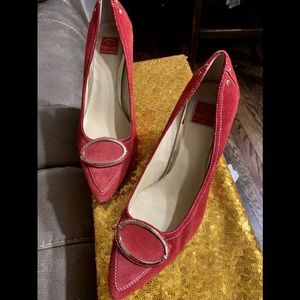 Oscar by Oscar De La Renta red suede shoes 8